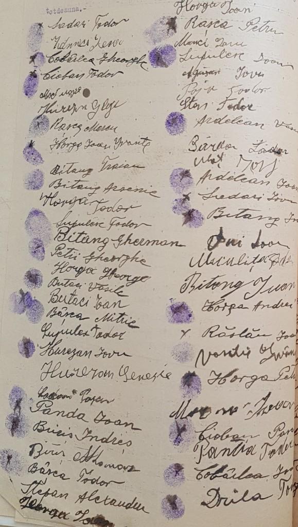 Semnăturile locuitorilor din Nadăş maltrataţi de jandarmi în 1926.