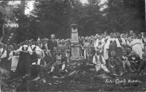 Pelerinajul moţilor la monumentul lui Horea şi Cloşca, Scoruşet – 1935